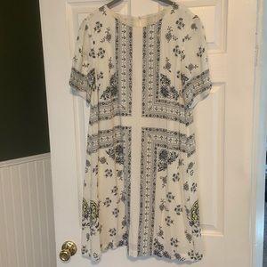 LOFT white patterned shift dress.